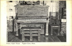 Piano, Paper House