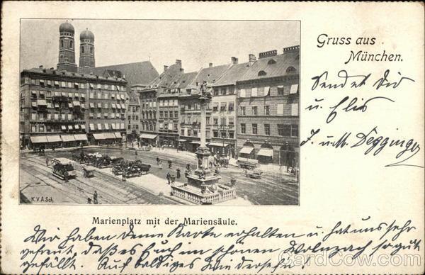 Marienplatz mit der Mariensaule Munich Germany