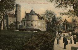 Lichtenstein, 817 m, mit Eingang in das Schloss